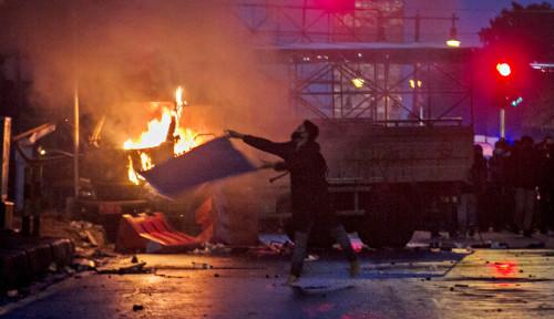Beredar Brosur: 'Mari Kumpul Unjuk Rasa terhadap Pemerintah, Serang, Hancurkan, Jarah dan Bakar'