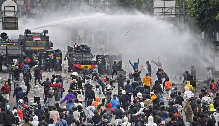 Polisi Mengklaim Ada Skenario Kerusuhan 1998 Lewat Aksi Demo Tolak Omnibus Law