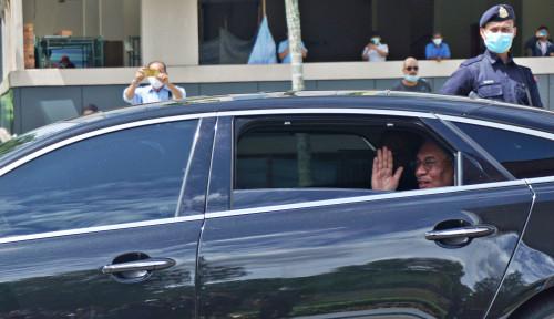 Beres Jumpa Raja, Anwar Ibrahim Kini Diundang Mampir Polisi