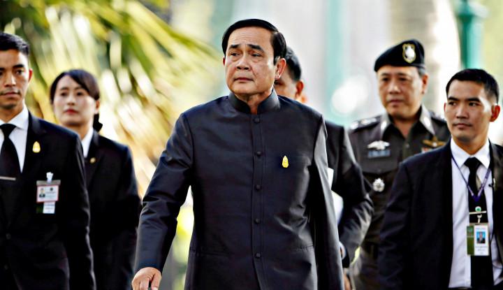 Didemo Ribuan Orang, PM Thailand Gak Mau Mundur Juga karena...