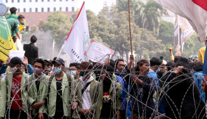 Mahasiswa Ancam-Ancam Jokowi, Eh Malah Dikatain Mahasiswa Lainnya, Yee Pahlawan Kesiangan...