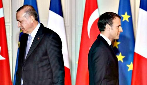 Bersitegang dengan Erdogan, Oposisi Prancis Tolak Dukung Macron