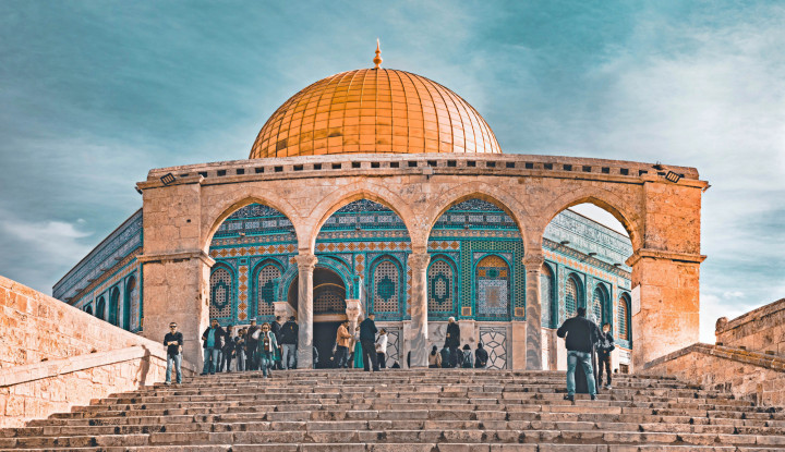 Innalillahi! Saat Rayakan Hari Yahudi, Israel Korbankan Masjid untuk Setop Kumandang Azan