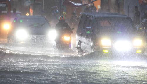 BMKG Ingatkan Jakarta Harus Waspadai Hujan Turun di Jam Tertentu dan Berpotensi Banjir