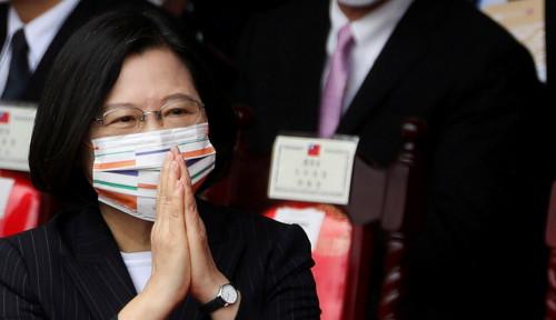 Sambil Ucap Terima Kasih, Presiden Taiwan Tinjau Markas Angkatan Lautnya karena...