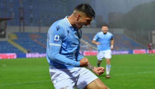 Lazio Sukses Bekap Crotone 2-0