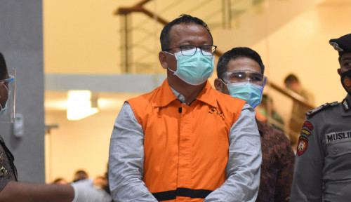 Dua Tersangka Korupsi Suap Ekspor Benih Lobster Masih Buron