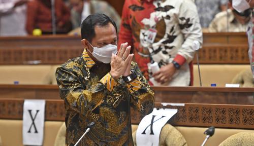 Reshuffle Kabinet Jokowi, Menteri Tito Karnavian Aman