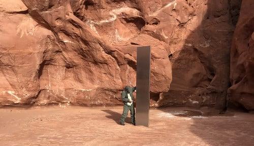 Mengejutkan, Monolith Misterius Utah Lenyap Seketika