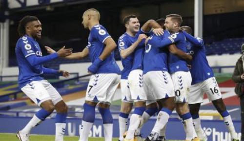 Dipecundangi Everton, Arsenal Kian Tenggelam  di Papan Bawah