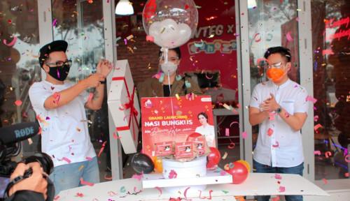 Kolaborasi Chef Devina Hermawan-Wowteg Luncurkan Menu Nasi Bungkus Kekinian