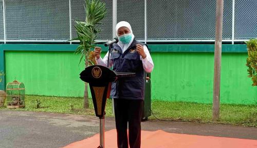 Mensos Risma Masih Jabat Wali Kota Surabaya, Khofifah Bilang...