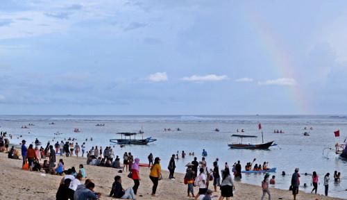 Pelaku Pariwisata Divaksin, Bali Bersiap Dibuka Kembali untuk Wisatawan