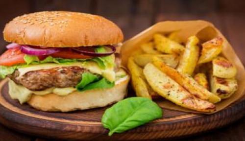Konsumsi Makanan Cepat Saji  Berlabel Sehat, Amankah?