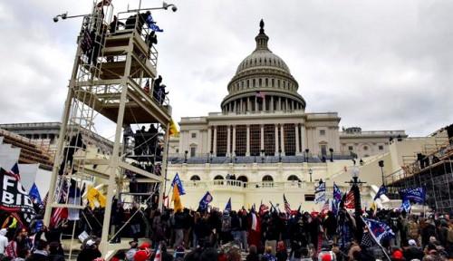 Pemberontakan Pendukung Trump Menyebar ke Negara Bagian Lainnya