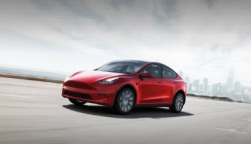 Elon Musk Jadi Orang Terkaya Dunia, Tesla Luncurkan Varian Model Y Versi Murah