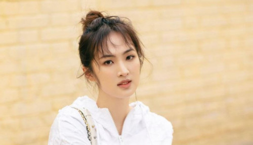 Cantik Kebangetan! Putri Pendiri Huawei Debut Jadi Artis, Eh Malah Kena Julid Netizen