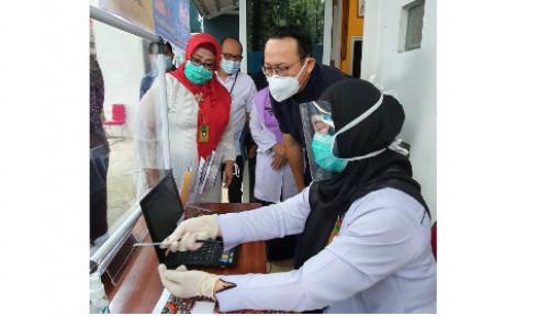 Dirut BPJS Kesehatan Pantau Implementasi P-Care Vaksinasi Covid-19 di Palembang