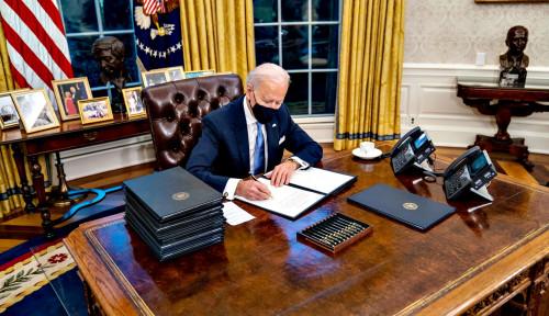 AS Berduka, Joe Biden Perintahkan Pengibaran Bendera Setengah Tiang