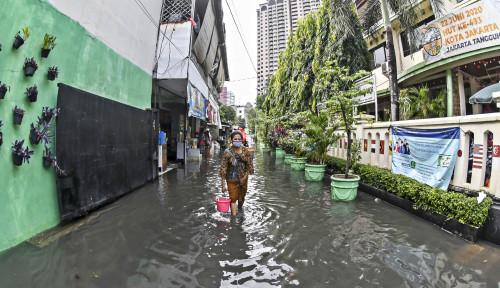 BPBD Rilis Peringatan Dini Waspada Banjir di DKI Jakarta, Catat Lokasinya!