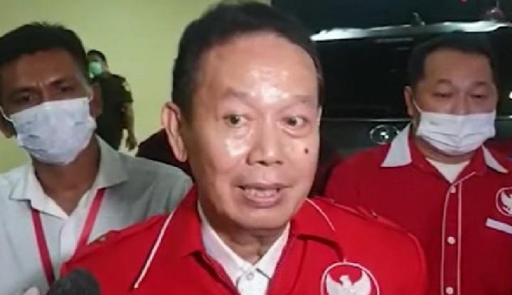Rasis ke Pigai, Relawan Jokowi Berhadapan dengan 3 Undang-Undang