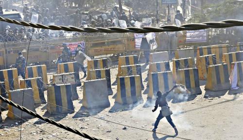 Innalillahi! Pasukan Keamanan Tembak Mati Empat Demonstran