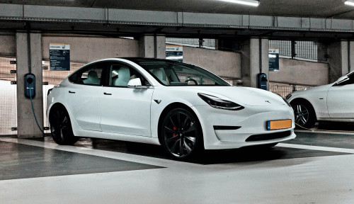 Redam Kekhawatiran Beijing, Miliarder Bos Tesla: Kami Rela Tutup Jika Terbukti Mata-Matai China