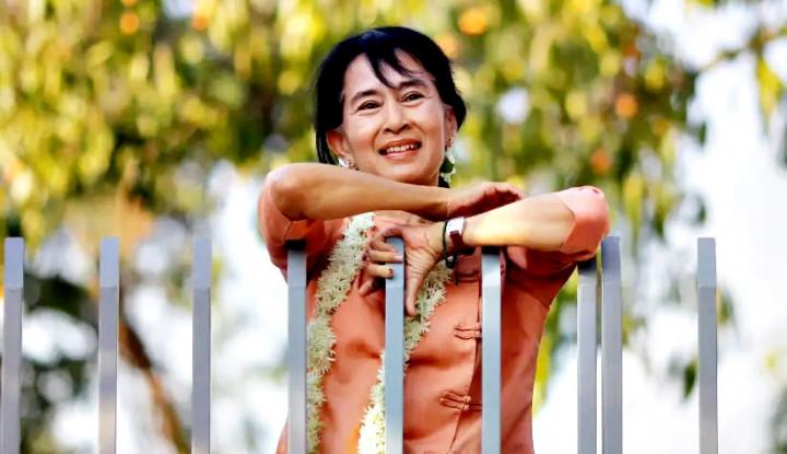 Sebulan Menghilang, Suu Kyi Akhirnya Nongol Juga dalam Persidangan Online