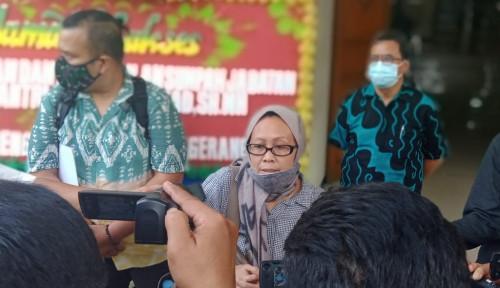 Astaga, Dipecat dari Direktur Perusahaan Gegara Pakai Jilbab, Ibu Ini Laporkan Suaminya