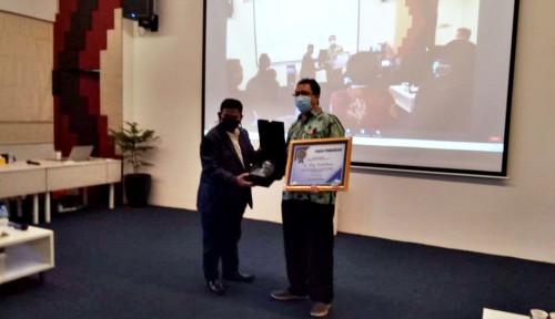 PWI Jaya Award Berikan Penghargaan untuk Dirut PT Pelindo II