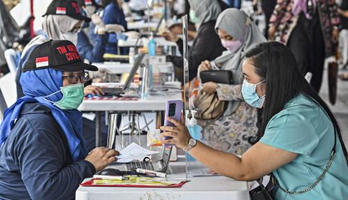 50 Ribu Lebih Warga Divaksin di Sentra Vaksinasi Bersama BUMN | Infografis