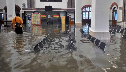 Haduh, Gegara Semarang Banjir, Waktu Tempuh KA Jakarta-Surabaya Makin Lama