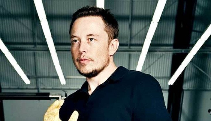 Foto Berita Saham Tesla Anjlok Parah, Kekayaan Elon Musk Menguap Rp214 Triliun!