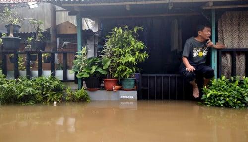 BGR Logistics dan BUMN Pangan Salurkan Beras Untuk Korban Banjir Subang