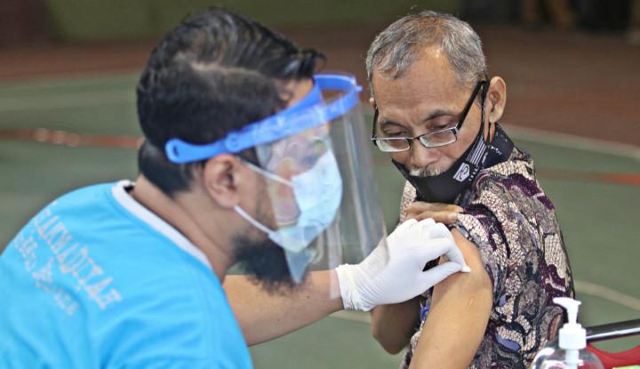 Bersama Jaga Lansia Tetap Aman Saat Vaksinasi Covid-19
