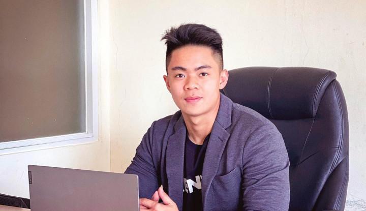 Foto Berita Hanya Jualan Nasi, Dennis Hadi Sukses Jadi Pengusaha hingga Miliki 400 Karyawan, Apa Rahasianya?