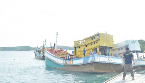 KKP Bersama Kejaksaan Eksekusi Penenggelaman 10 Kapal Pelaku Illegal Fishing
