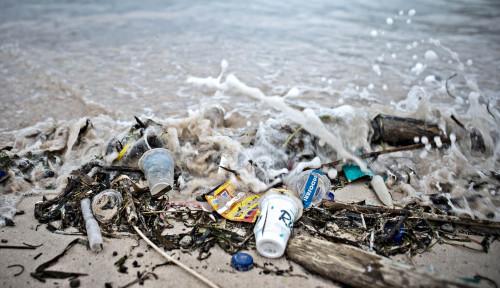Plastik Tak Seharusnya Jadi Sekadar Sampah