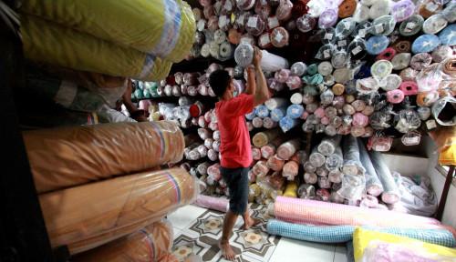 Pelaku IKM Sektor Garmen Menjerit-jerit, APIKMI: Harga Bahan Baku Naik Nggak Ketulungan