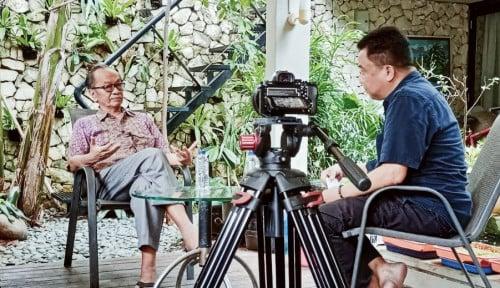 Sarwono Kusumaatmaja Hadir Perdana di 'Kosakata' Menggigit Ala Ichsan Loulembah