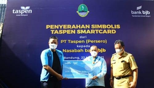 Akses Semakin Mudah, Taspen Serahkan Taspen Smartcard Pada Nasabah Bjb