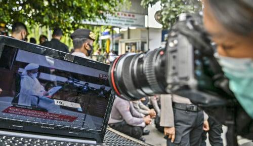 Hakim Tolak Eksepsi Habib Rizieq, Omongan Kuasa Hukumnya Kembali Disorot: Kita...