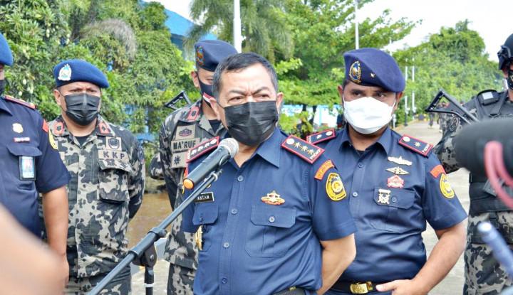 Modus Baru Pencurian Ikan oleh Lima Kapal Ikan Vietnam di Laut Natuna Utara Dibongkar KKP