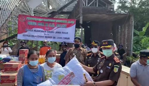 Kajati Jatim Kirim 10 Ton Beras untuk Korban Gempa Bumi di Malang