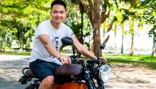 Kisah Sukses Startup: Orang Ini Setop Kerja di AS Demi Jadi Produsen Motor Listrik Besar ASEAN