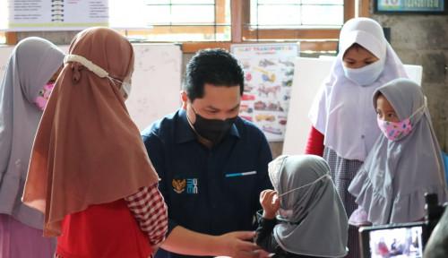 Erick Thohir Kunjungi Nasabah Difabel PNM Mekaar di Boja, Jawa Tengah