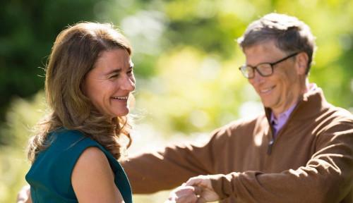 Foto Cerai dan Setor Uang ke Melinda Gates, Harta Bill Gates Anjlok dan Terdepak sebagai Miliader?!