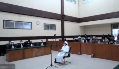 Habib Rizieq Mengeluh ke Hakim: Panas Sekali di dalam Penjara