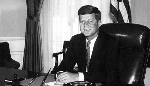 Surat Cinta JFK untuk Selingkuhannya Dilelang, Ada yang Minat Gak Ya?