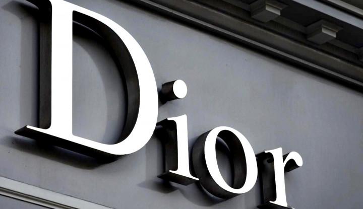 Kisah Perusahaan Raksasa: Christian Dior, Rumah Mode Mewah Prancis Bergelimang Harta Setiap Tahun